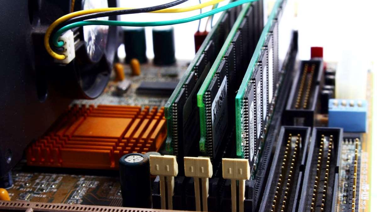La memoria RAM es muy importante para el buen funcionamiento de un ordenador