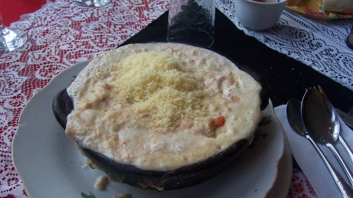 Chupe de cangrejo, receta sencilla