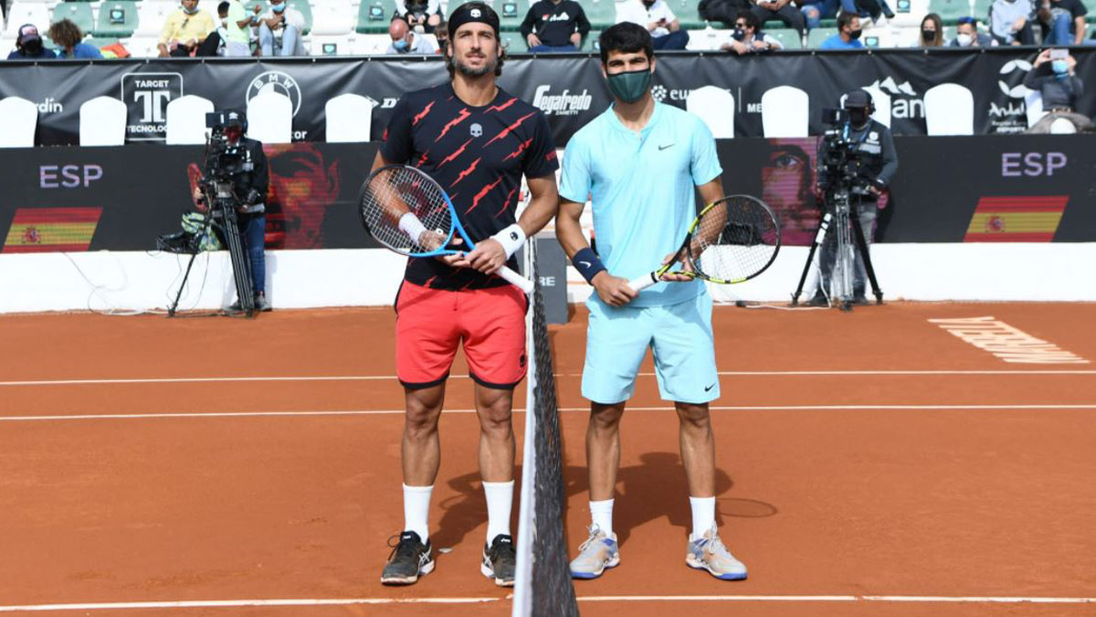 Feliciano López y Carlos Alcaraz, antes de medirse en Marbella (Anytech 365 Andalucía Open)