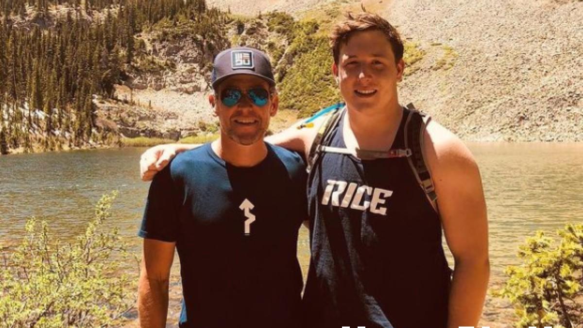 Lance Armstrong, junto a su hijo Luke. (Instagram)