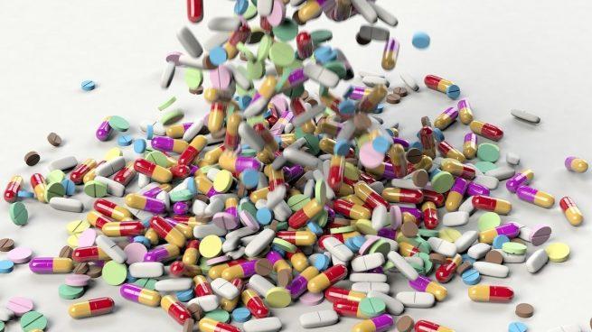 Hay que tomar paracetamol antes de recibir la vacuna de AstraZeneca