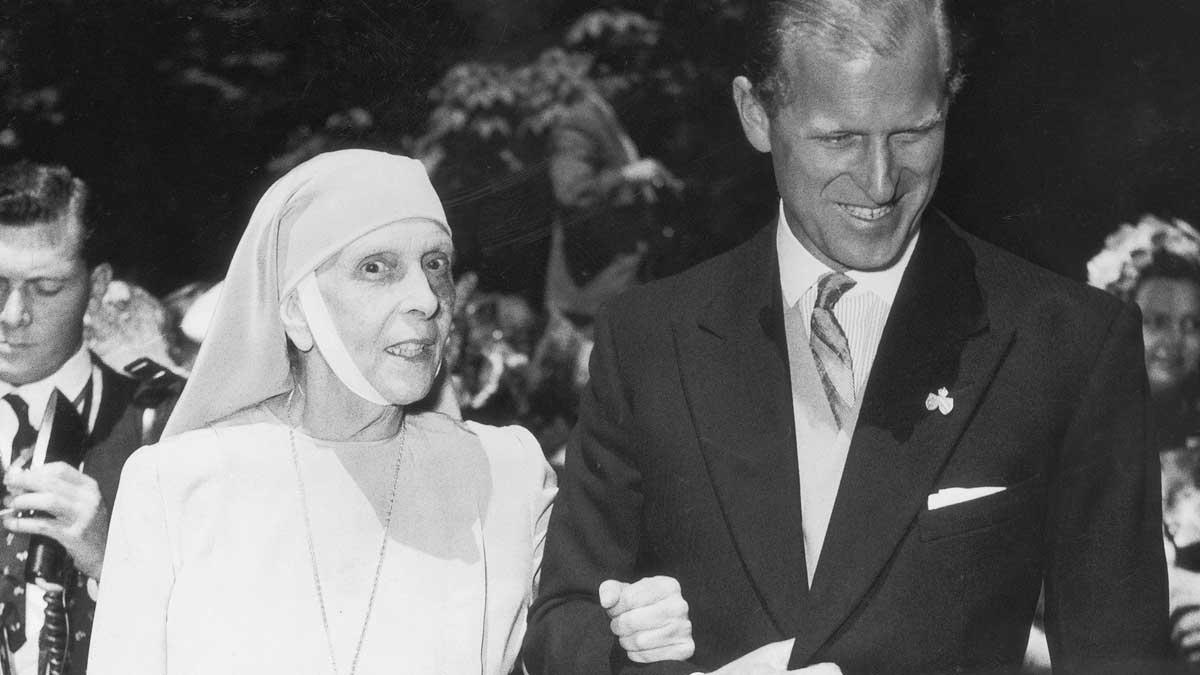 Felipe de Edimburgo con su madre Alicia de Battenberg. @Gtres