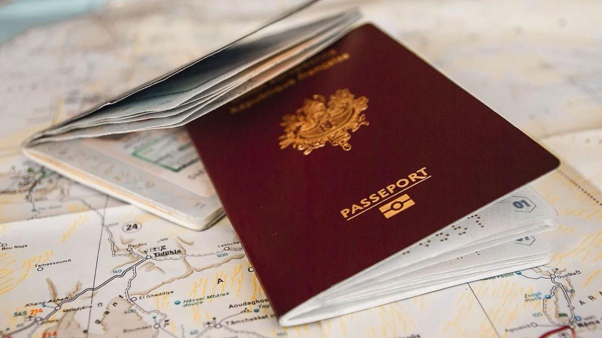 ¿Llegará el pasaporte de vacunación?