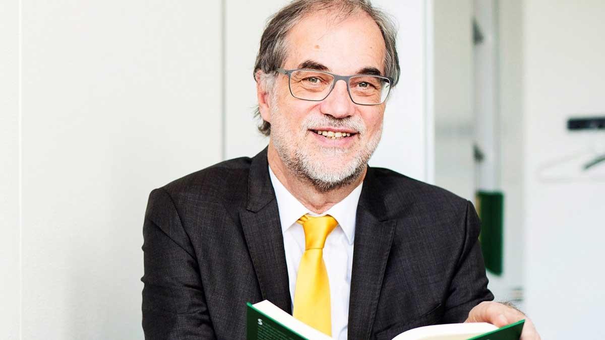 El profesor e investigador alemán Helmut C. Jacobs. Foto: EP