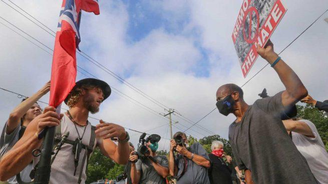 supremacistas-blancos-manifestaciones-eeuu