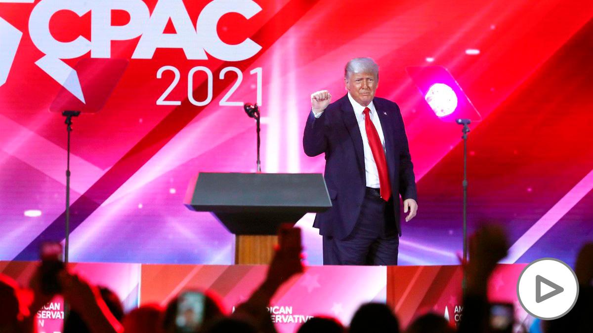Trump en en la primera reunión del Comité Nacional Republicano tras las elecciones. STEPHEN M. DOWELL / ZUMA PRESS / CONTACTOPHOTO