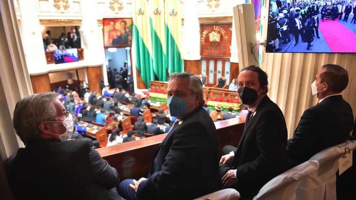 Pablo Iglesias en la toma de posesión del nuevo presidente de Bolivia. (Foto: Podemos)