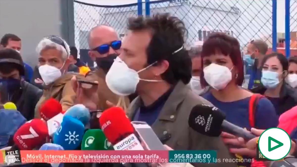 Kichi hace el ridículo ignorando a la alcaldesa de Puerto Real.