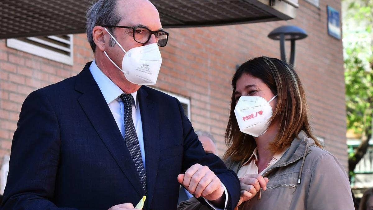 Ángel Gabilondo y Noelia Posse, alcaldesa de Móstoles. (Foto: PSOE)