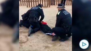 policía detención mena