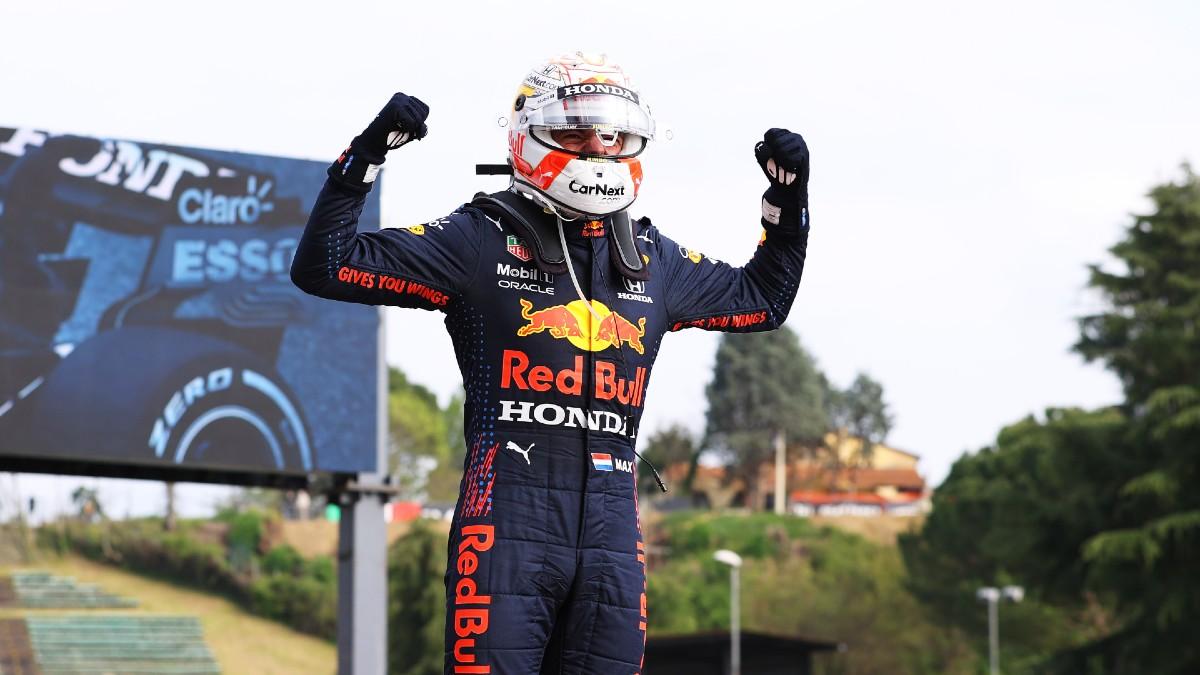 Verstappen confirma su candidatura con Sainz quinto y Alonso fuera de los puntos. (Getty)