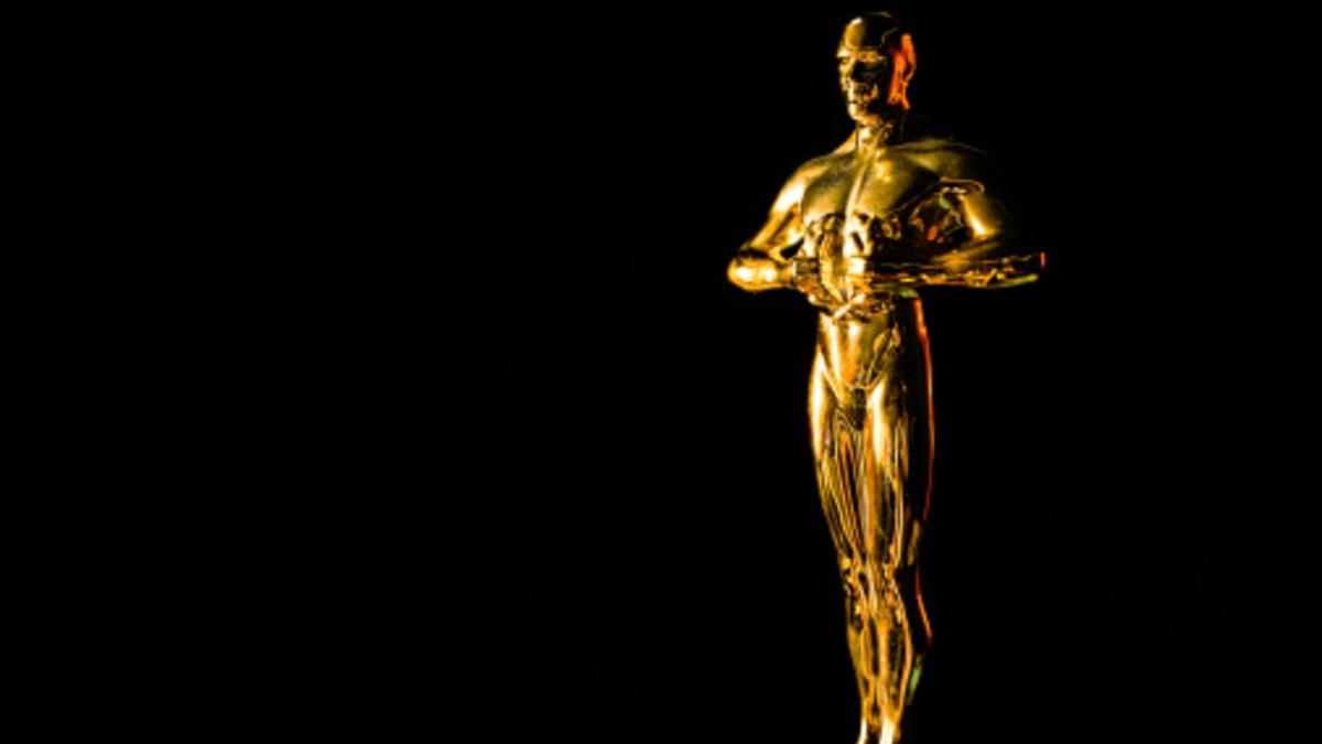 Pasos para hacer una estatuilla de los Premios Oscar