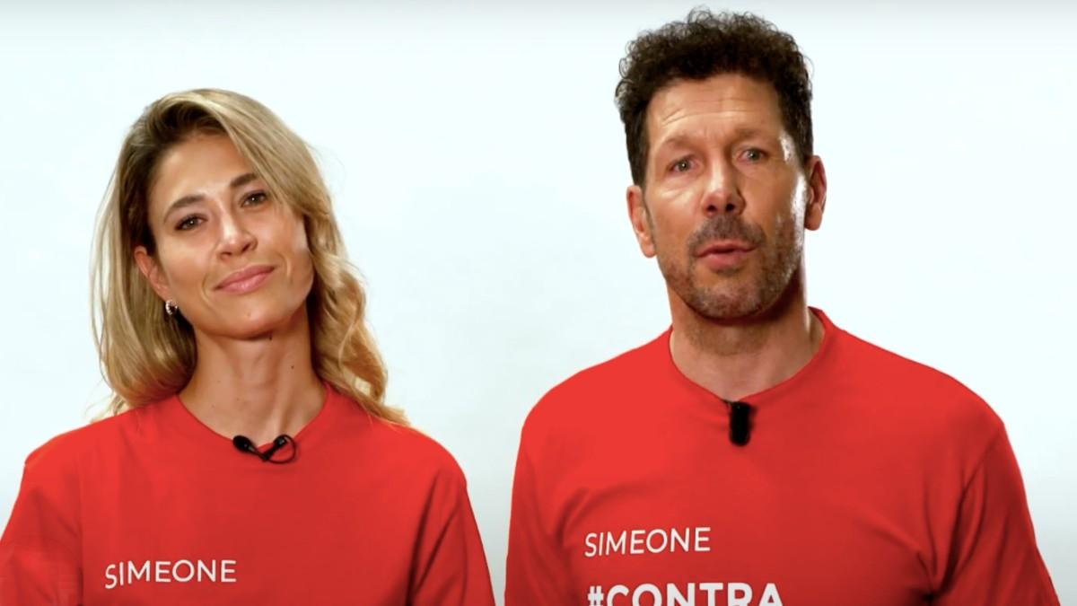 Simeone, en la campaña para recoger alimentos para los más necesitados.