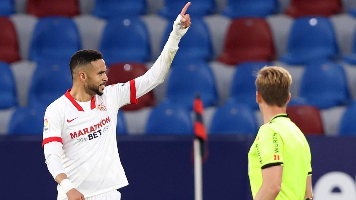 En Nesyri celebra su gol al Levante. (Getty)