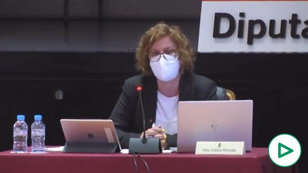 Alba Doblas (IU), a los hombres del PP: «Queréis libertad para maltratar a las mujeres y para violar».