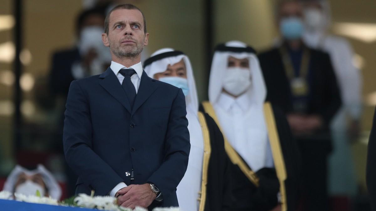 Ceferin, con sus amigos de los Emiratos. (Getty)