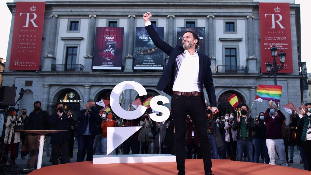 El candidato de Ciudadanos a las eleciones de la Comunidad de Madrid del 4-M, Edmundo Bal, durante un mitin. (Foto: Europa Press)