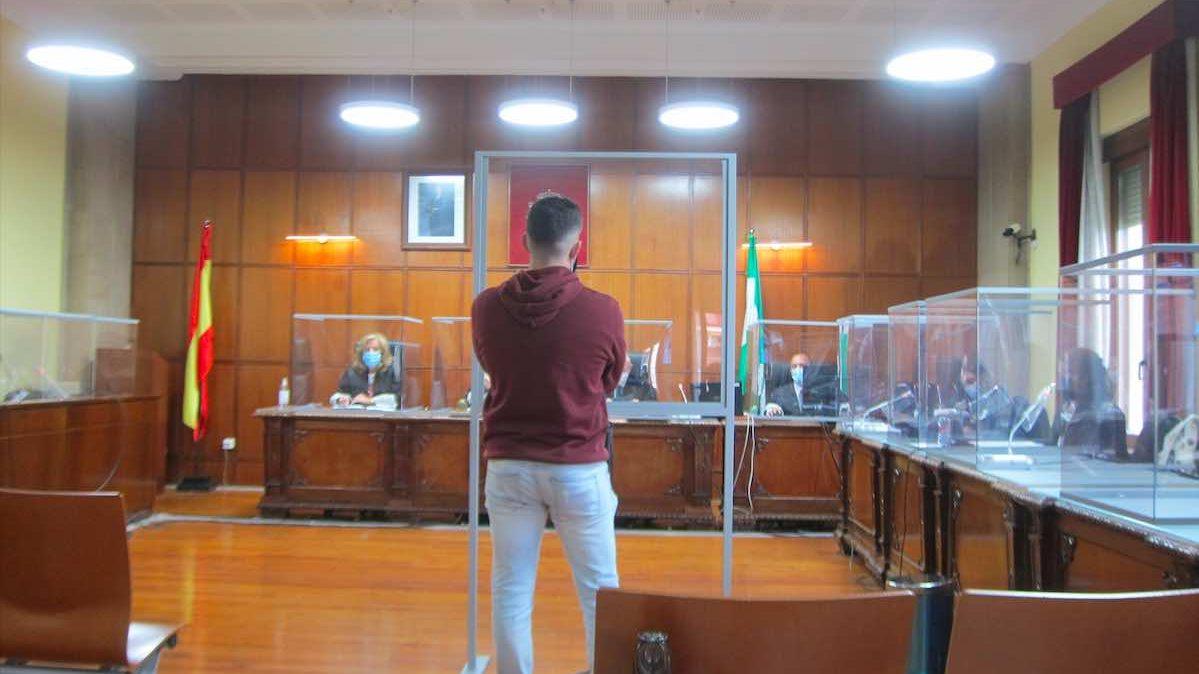 El acusado, durante la vista (Foto: Europa Press).