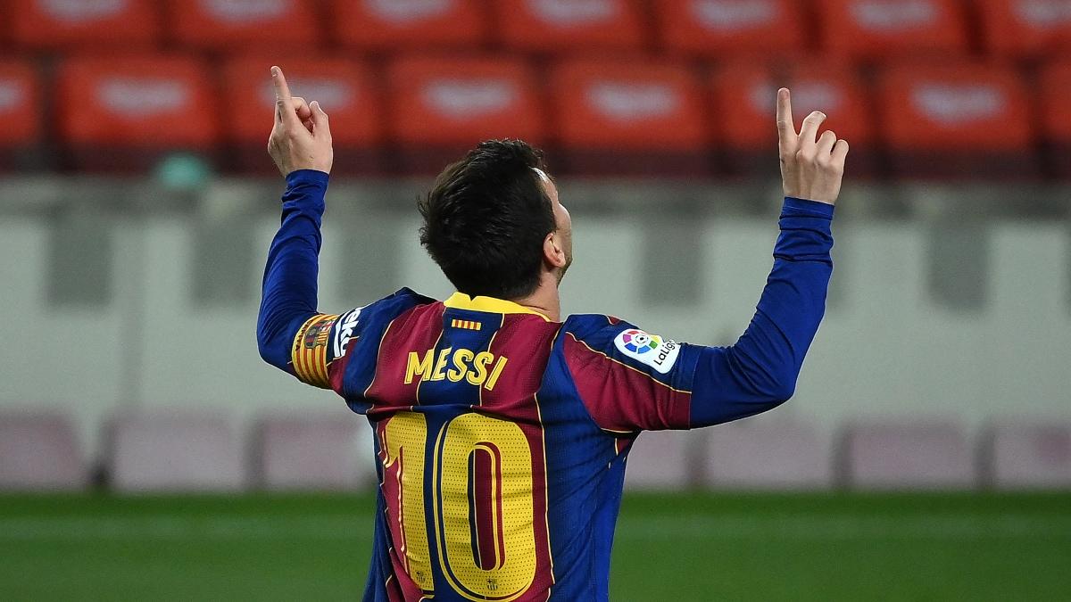 Leo Messi celebra uno de sus goles ante el Getafe. (AFP)