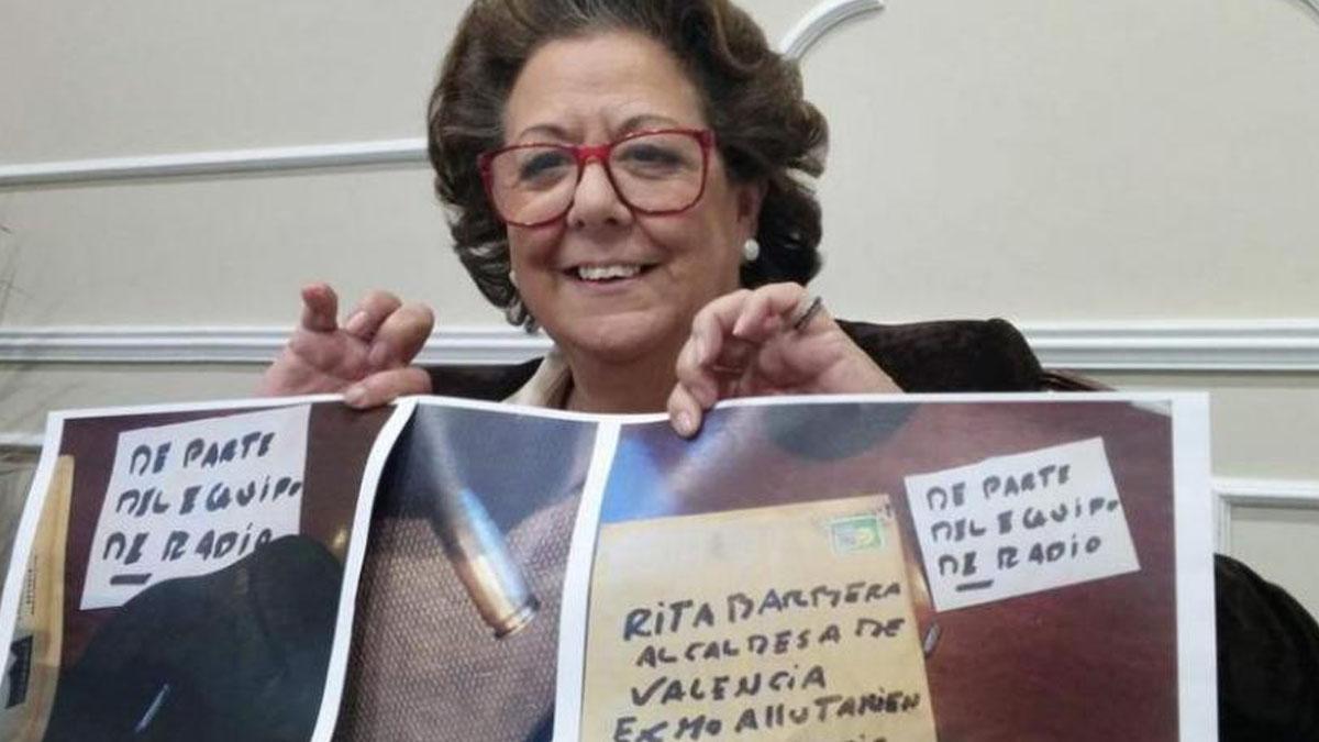Rita Barberá recibió una carta amenazante con una bala.