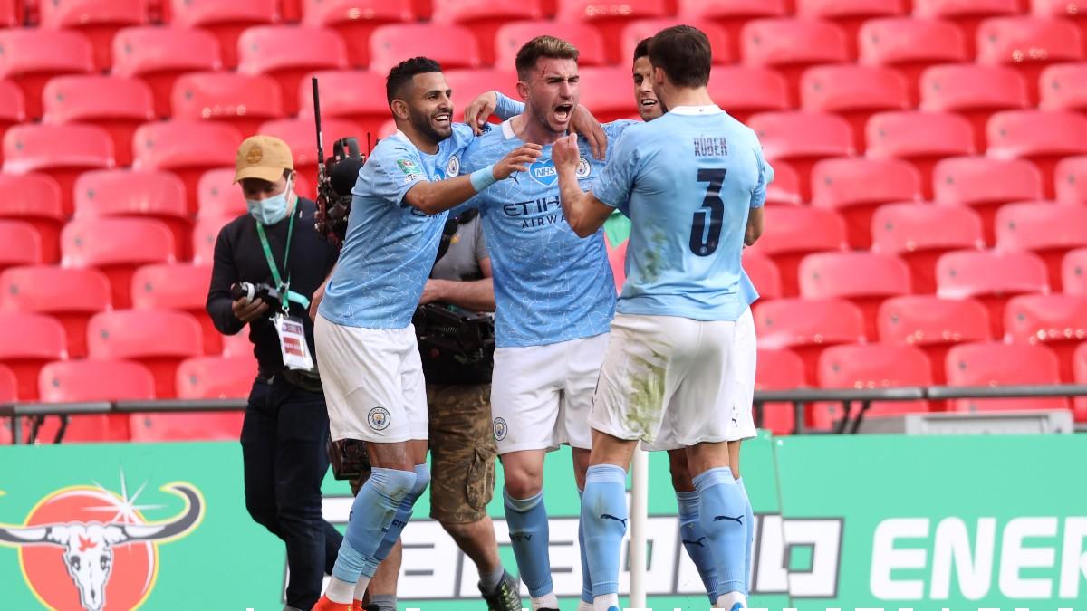 Los jugadores del Manchester City celebran el gol de Laporte contra el Tottenham. (Getty)