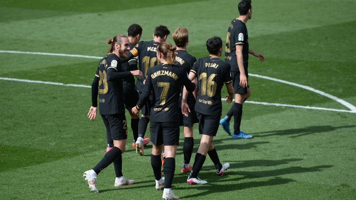 Los jugadores del Barcelona celebran uno de los tantos de Griezmann. (Getty)