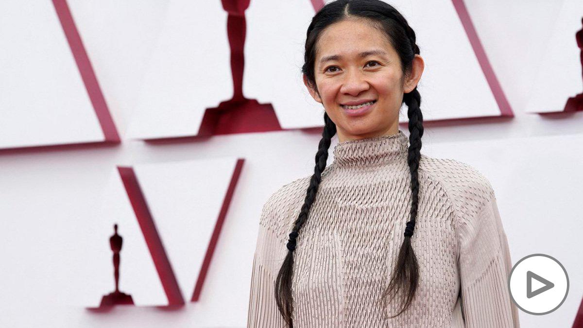 Chloé Zhao, directora de 'Nomadland', la gran vencedora de los Oscar 2021. Foto: AFP