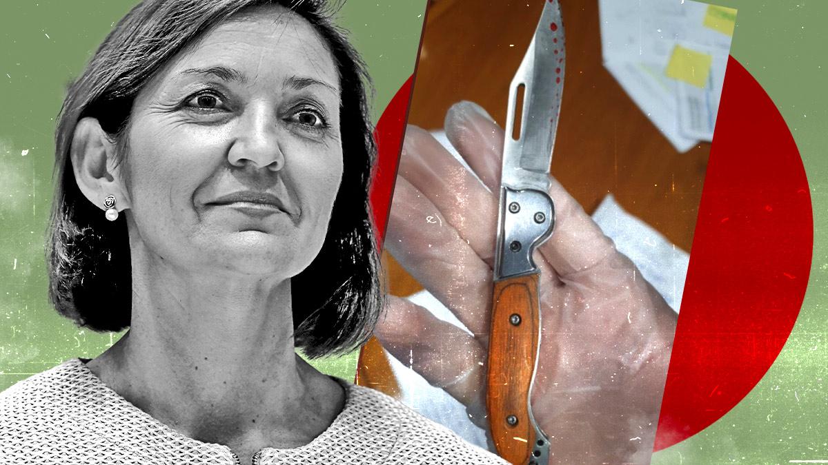 La navaja con restos de lo que parece sangre que ha recibido la ministra Reyes Maroto este lunes.