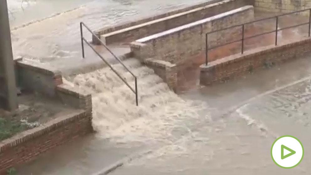 La borrasca Lola causa estragos e inundaciones en su ascenso por la Península