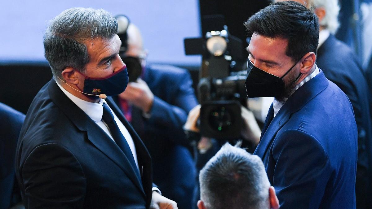 Messi y Laporta, durante un acto. (Getty)