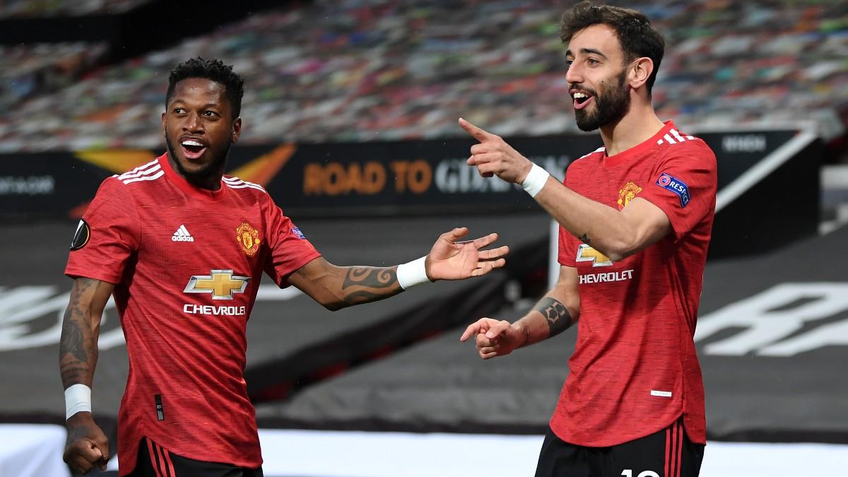 Bruno Fernandes celebra uno de sus goles a la Roma. (Getty)