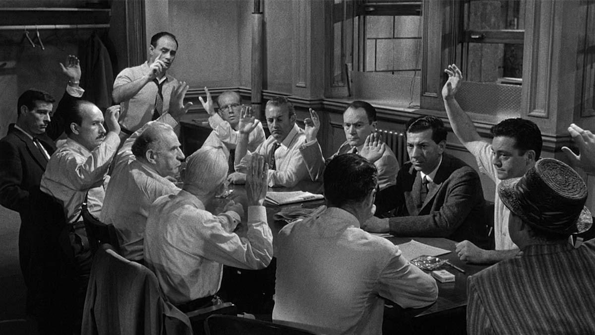 12 hombres sin piedad (Orion Nova productions)