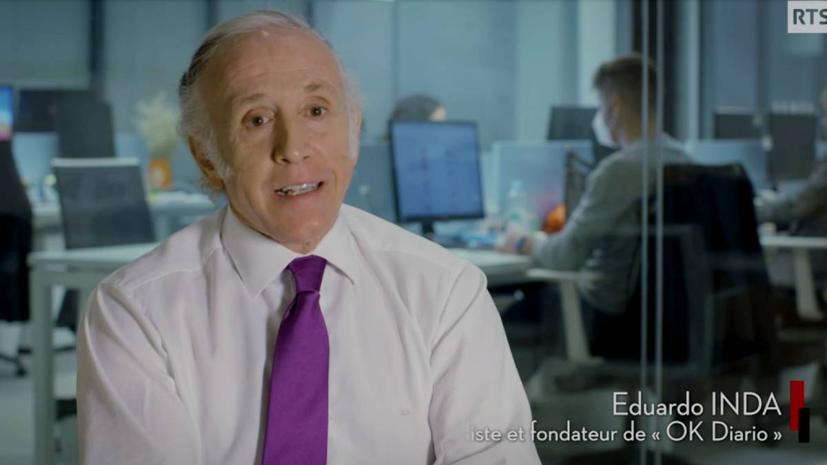 El director de OKDIARIO, Eduardo Inda, en el programa emitido por la TV pública suiza RTS.