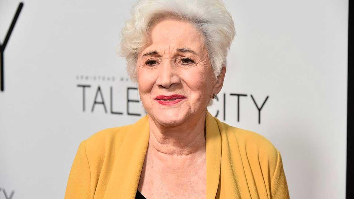La actriz Olympia Dukakis, que ha fallecido este sábado a los 89 años, en una de sus últimas apariciones en público. Foto: AFP