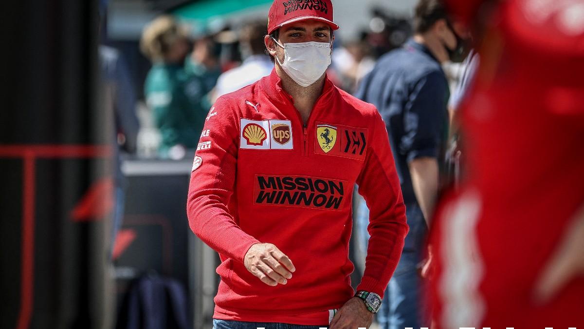 Carlos Sainz en el GP de Portugal de Fórmula 1. (AFP)