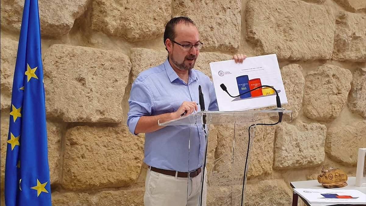 Juan Alcántara, ex concejal de Podemos en el Ayuntamiento de Córdoba, en una rueda de prensa (Podemos).