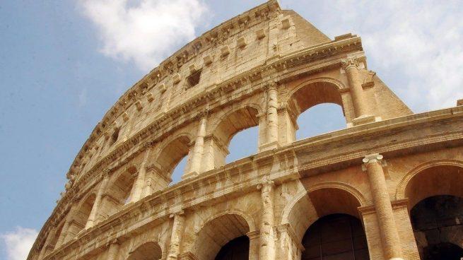 Nuevo suelo del Coliseo de Roma