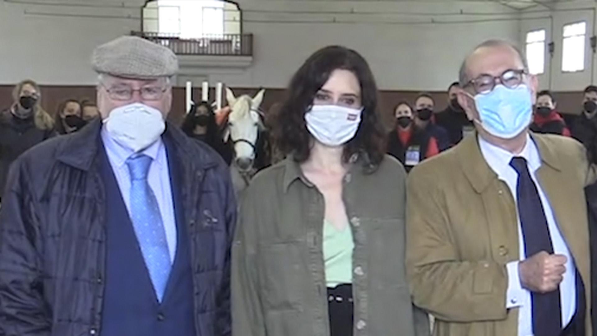 Joaquín Leguina, Isabel Díaz Ayuso y Nicolás Redondo Terreros.