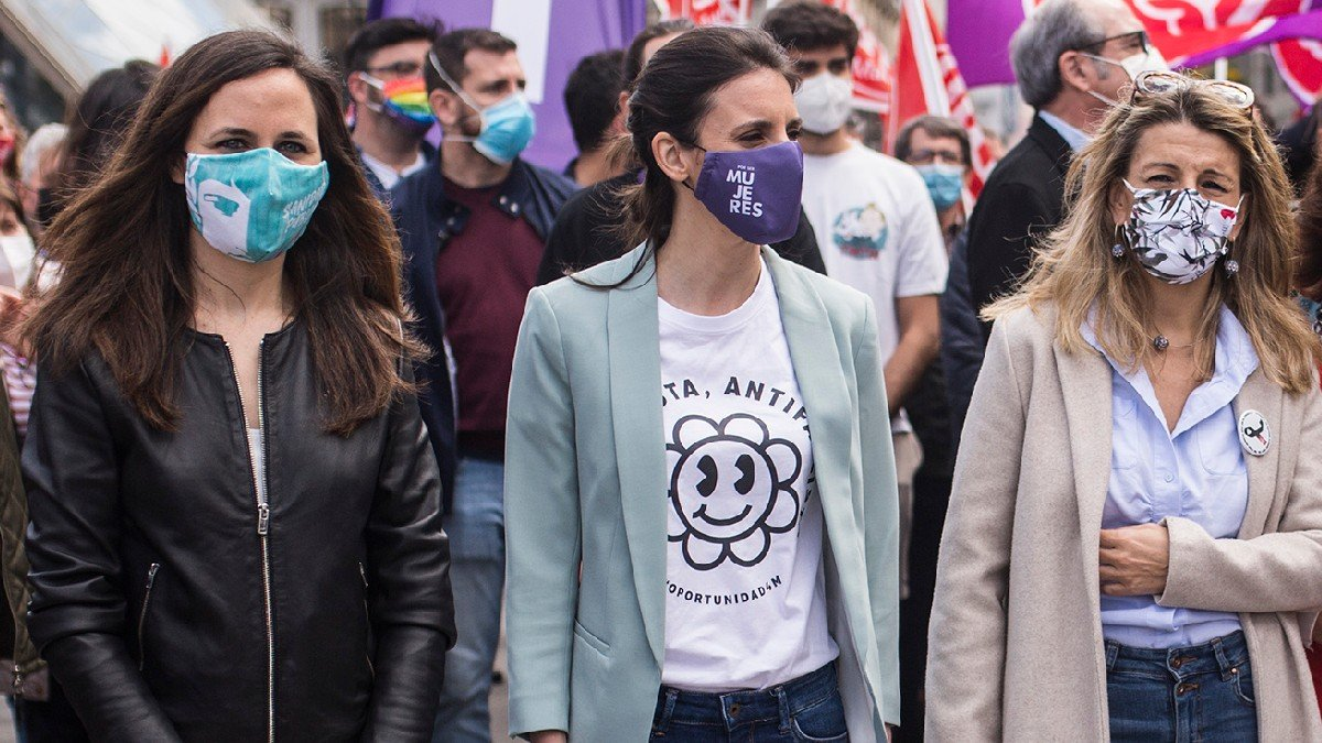Ione Belarra, Irene Montero y Yolanda Díaz en la manifestación del Primero de Mayo. (Foto: EP)