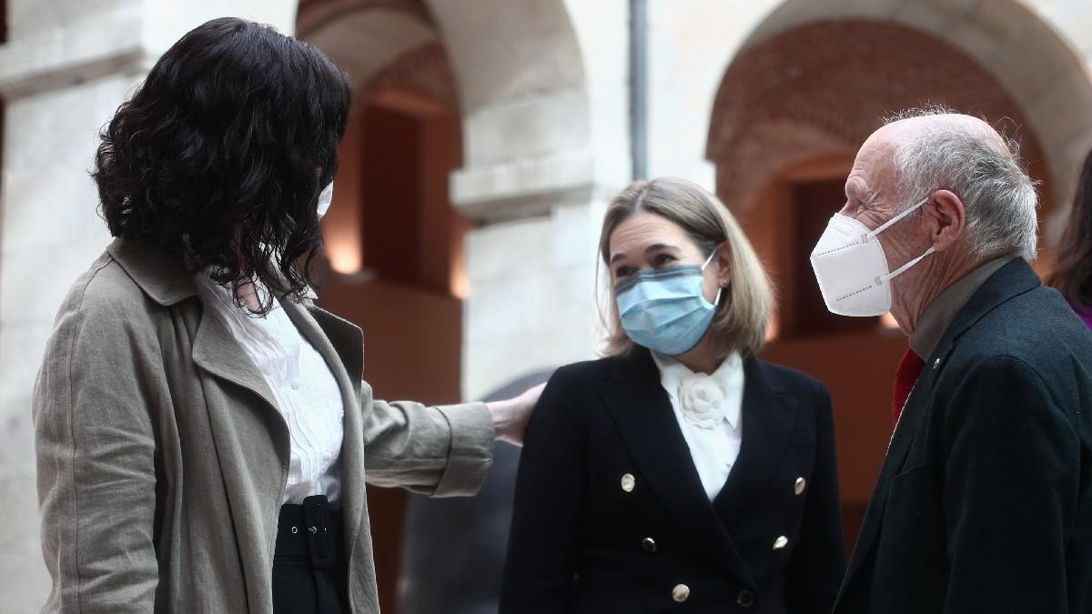 Isabel Díaz Ayuso, Marta Rivera y Antonio López. (Foto: EP)