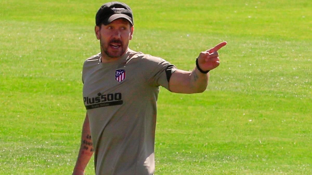 Simeone, en un entrenamiento con el Atlético. (EFE)