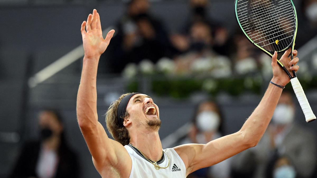 Zverev celebra su victoria en el Mutua Madrid Open (AFP)