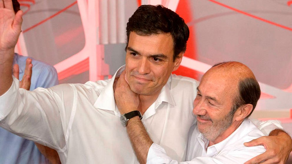 Pedro Sánchez y Alfredo Pérez Rubalcaba.