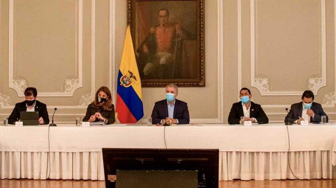 Iván Duque en la primera reunión con el Comité Nacional del Paro en Colombia