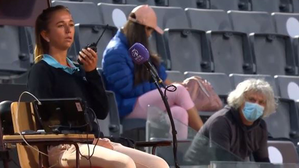 La juez de silla avisa a seguridad por miedo al padre de Camila Giorgi en el partido ante Sorribes