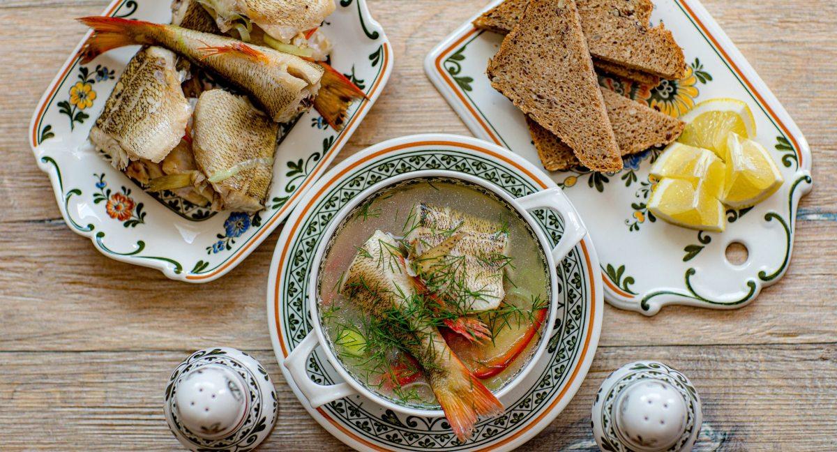 5 recetas de sopa de pescado, un plato de cuchara fácil de preparar