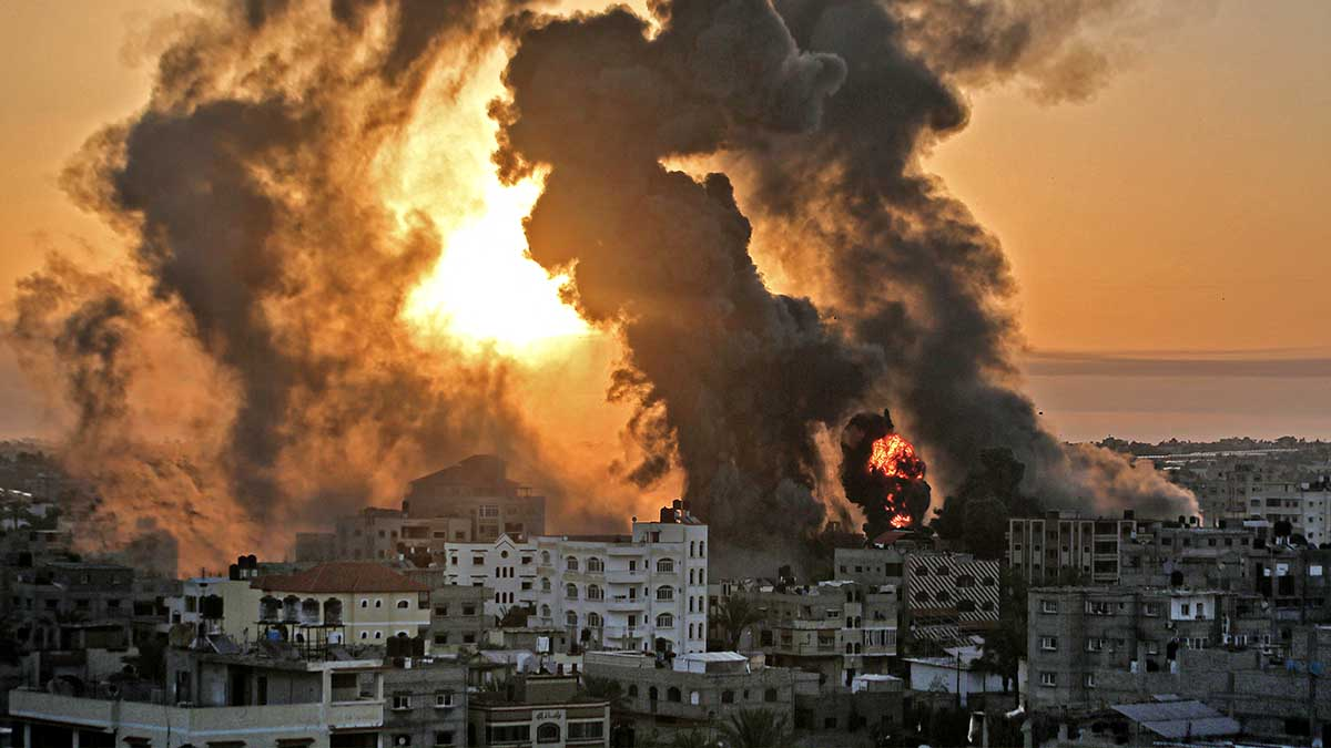 Bombardeos sobre la franja de Gaza. Foto: AFP