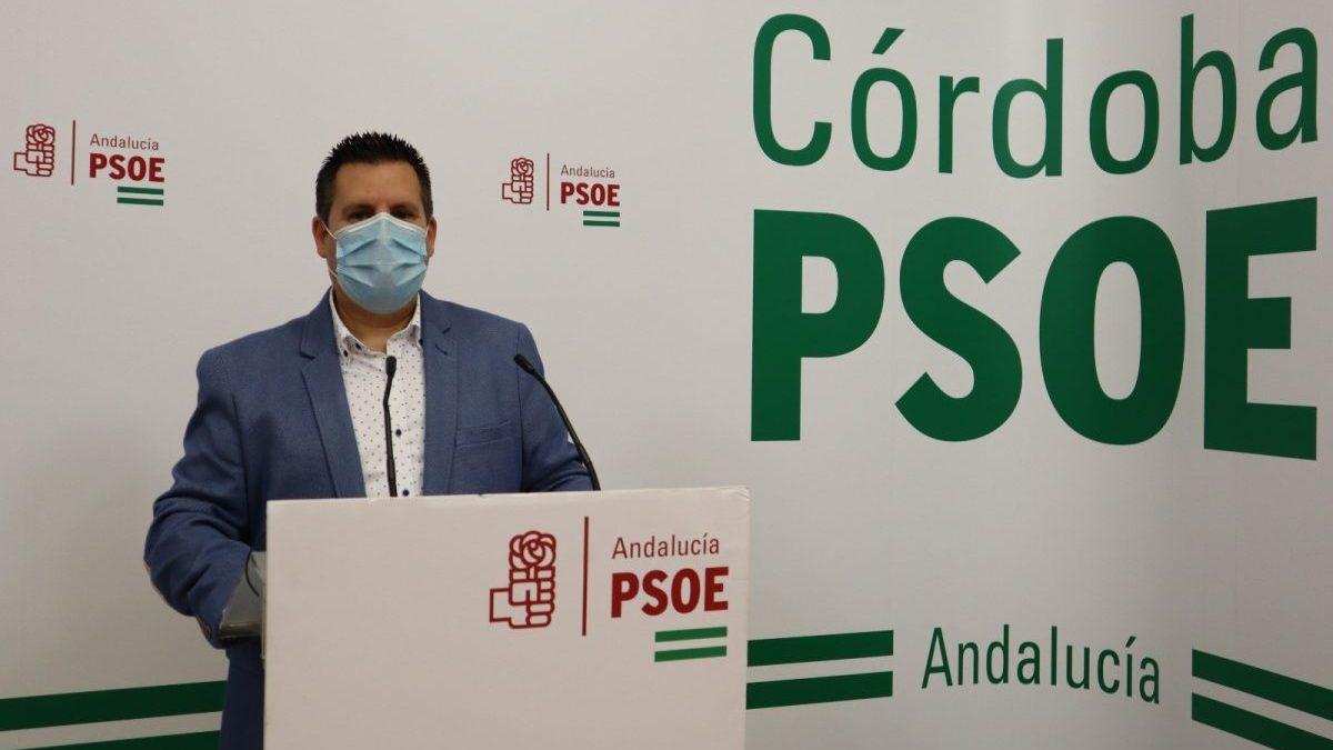 El secretario de Medio Ambiente y Sostenibilidad del PSOE de Córdoba, José Ignacio Expósito, en la sede de su partido. PSOE.