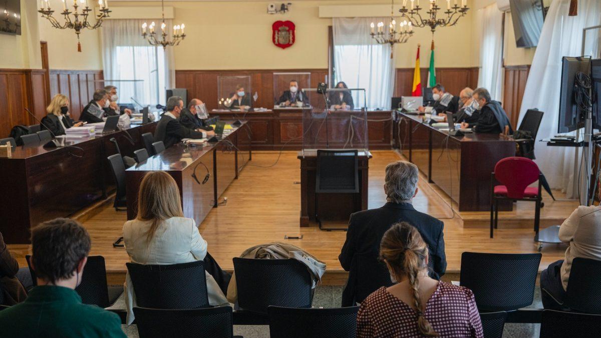 Primera sesión del juicio por la pieza del caso Invercaria. En la Audiencia Provincial de Sevilla, (Andalucía, España), a 27 de abril de 2021.