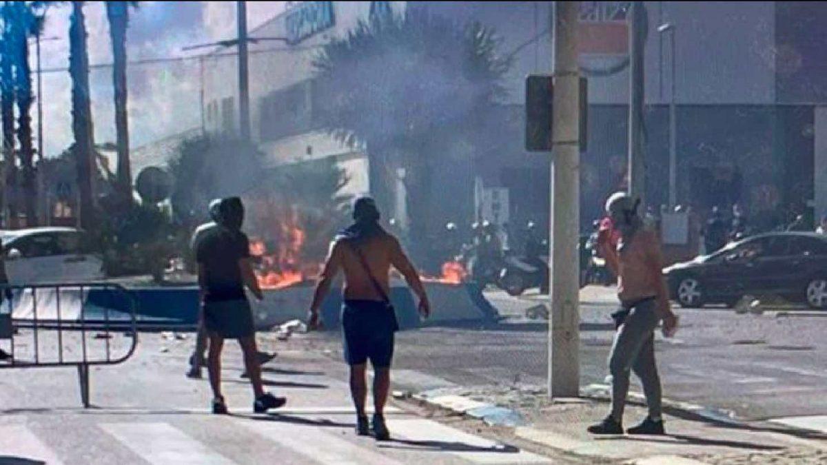 Disturbios en La Línea de la Concepción (Cádiz).
